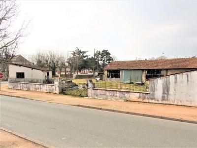 TERRAIN A VENDRE - TOURNUS - 558 m2 - 114000 €